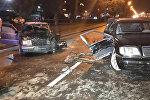 Автомобиль загорелся после удара