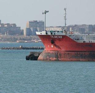 Корабль, транспортировка грузов