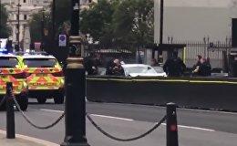 Лондондағы көпірде апат болды - видео