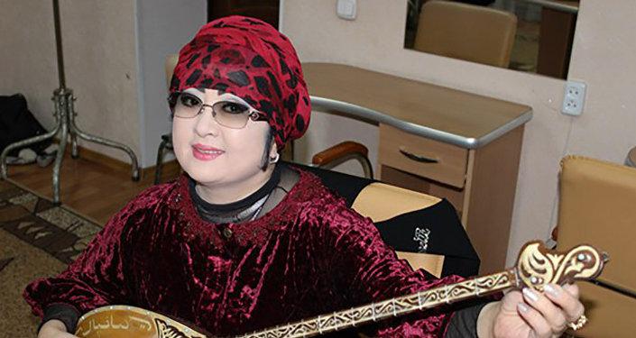 Мақпал Жүнісова
