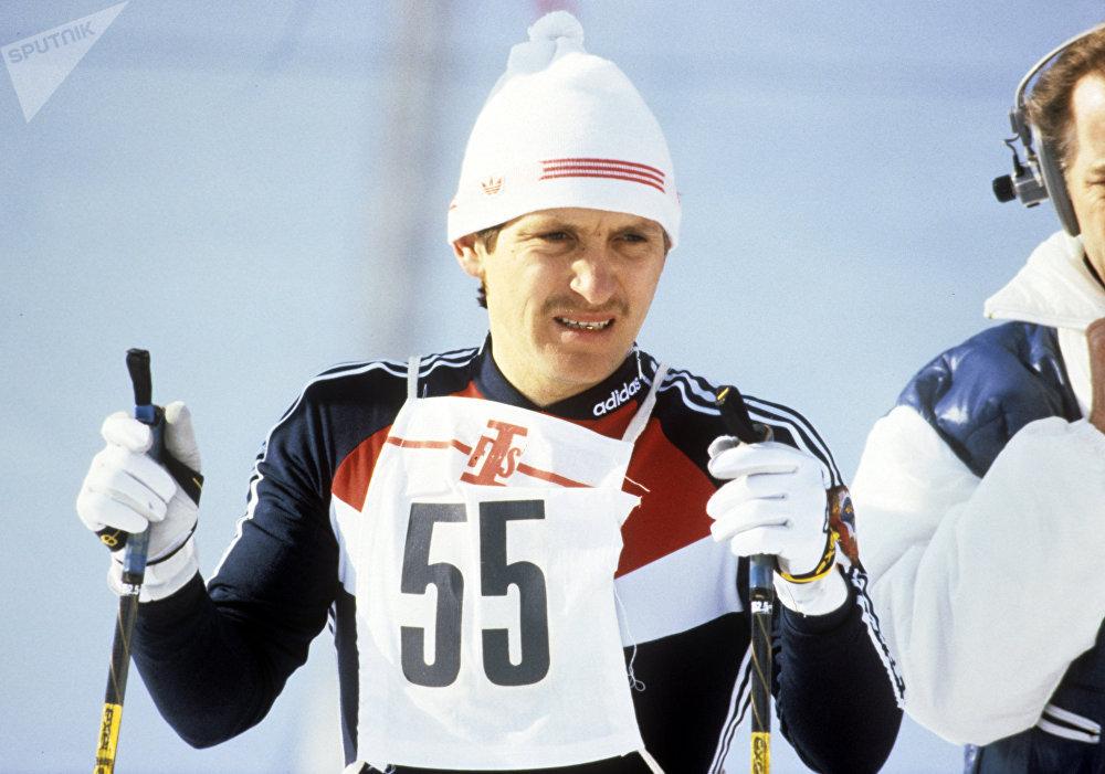Лыжник Владимир Сахнов