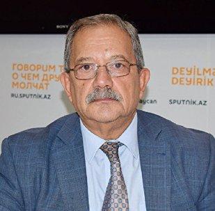 Эльхан Алескеров