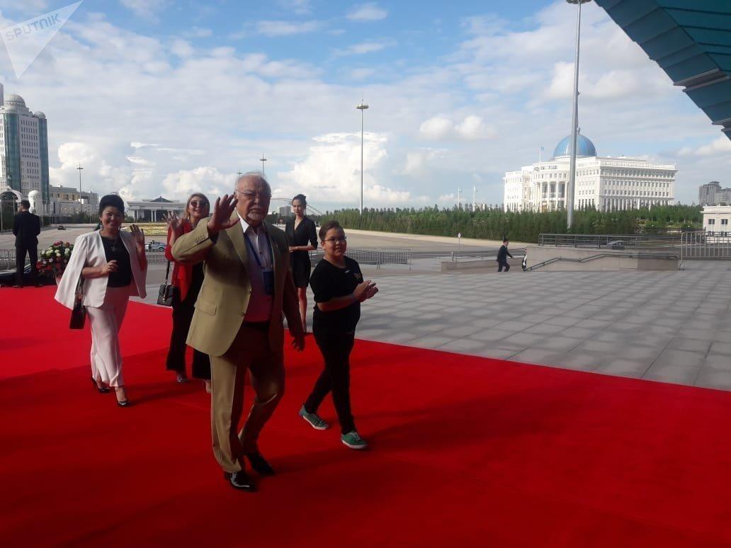 Асанәлі Әшімов Астанадағы Еуразия кинофестивалінің қызыл кілемінде