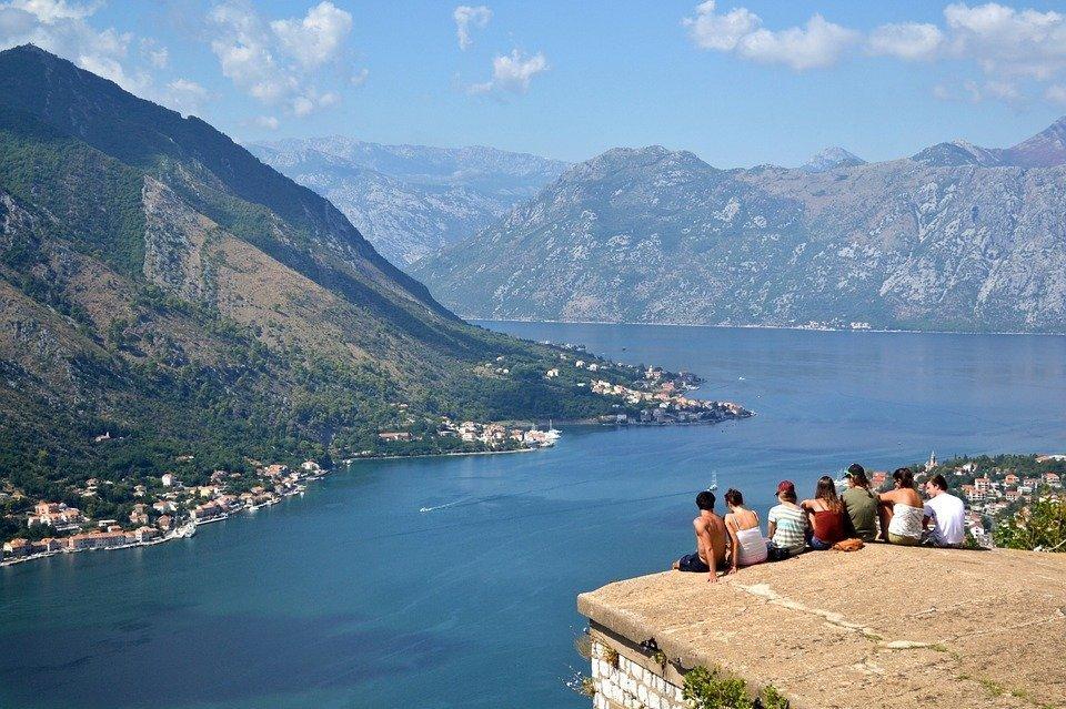 Виды Черногории, иллюстративное фото