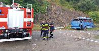 Пассажирский автобус упал с 20-метровой высоты в Болгарии