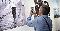 Фотовыставка, посвященная Денису Тену