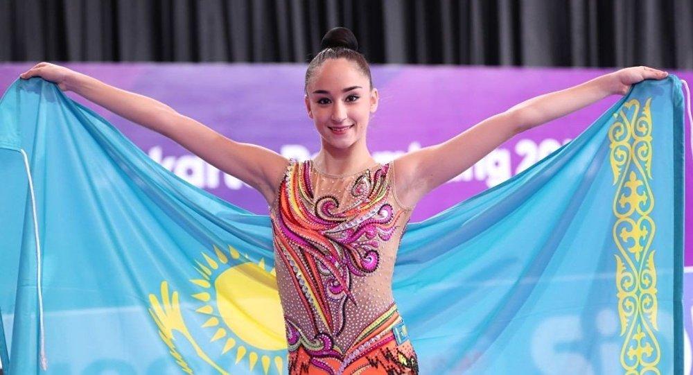 Гимнастка Алина Адилханова