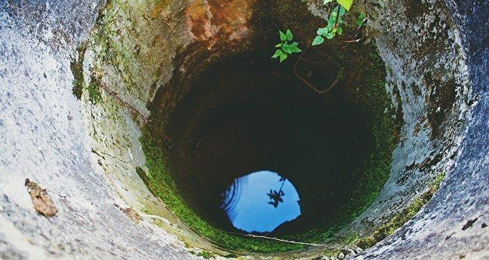 Мі всі пємо воду із мікропластиком
