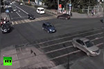 В Перми автомобиль без водителя въехал в толпу пешеходов