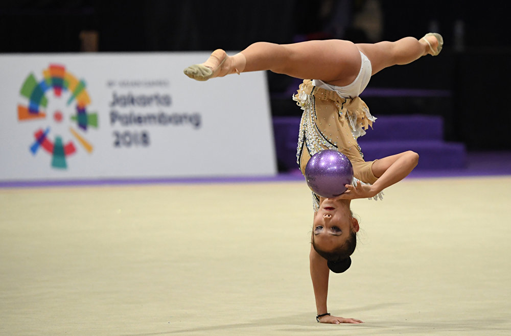 Гимнастка Даяна Абдирбекова
