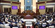Президент Казахстана Нурсултан Назарбаев принял участие в совместном заседании палат парламента