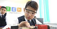 Назарбаев поздравил первоклассников новой школы в Астане с 1 сентября