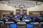 Депутаты мажилиса во время пленарного заседания