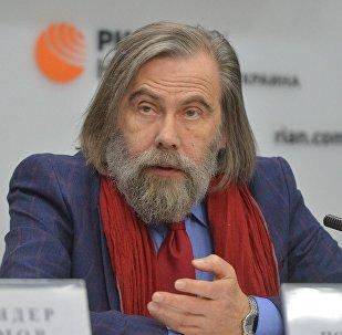 Политолог Михаил Погребинский