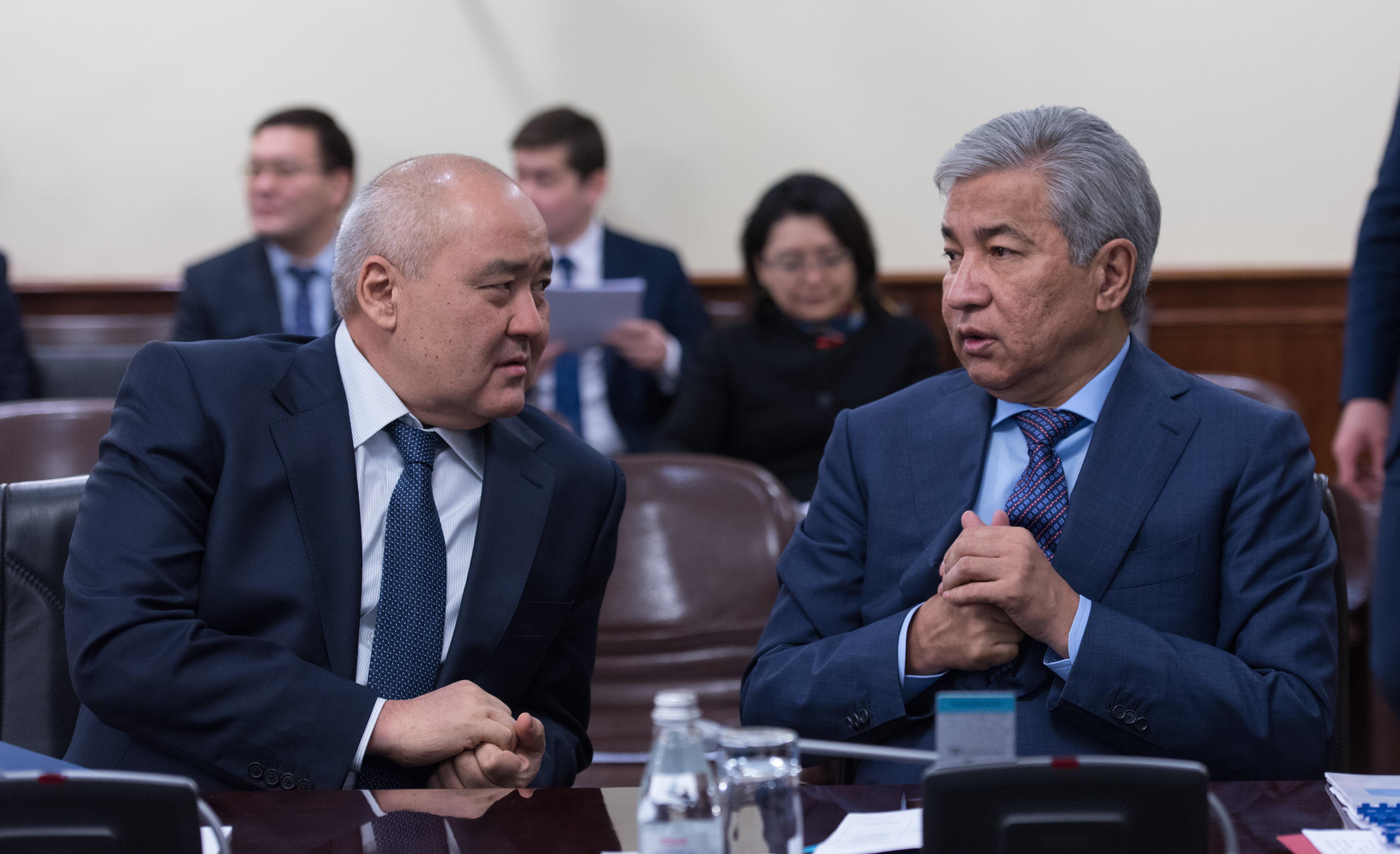 Иманғали Тасмағамбетов пен Өмірзақ Шөкеев