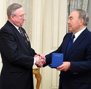 Встреча с Чрезвычайным и Полномочным Послом Соединенных Штатов Америки в РК Джорджем Кролом