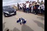 Астанада 6 жасар бала көлікті сүйреп, рекорд орнатты  - видео