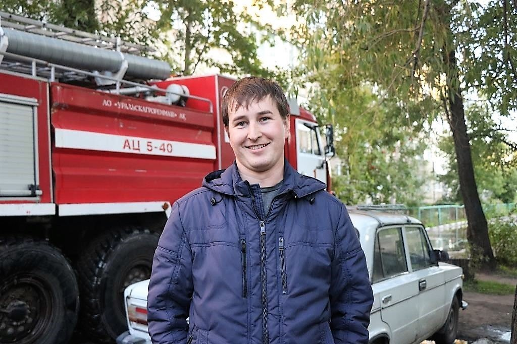 Руслан Тюменев помог выбраться 10-летнему мальчику из квартиры, где произошел пожар
