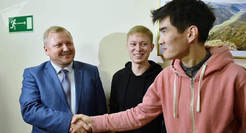 """Подарок на день рождения: суд оправдал столичных """"лодочников"""""""