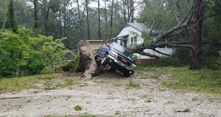 Последствия обрушившегося на США урагана Флоренс