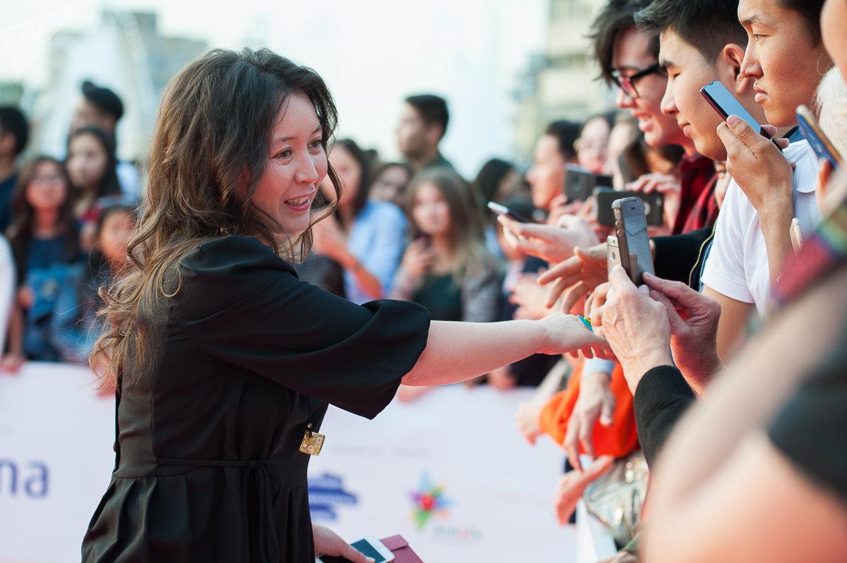 Актриса Самал Еслямова на открытии Almaty Film Festival