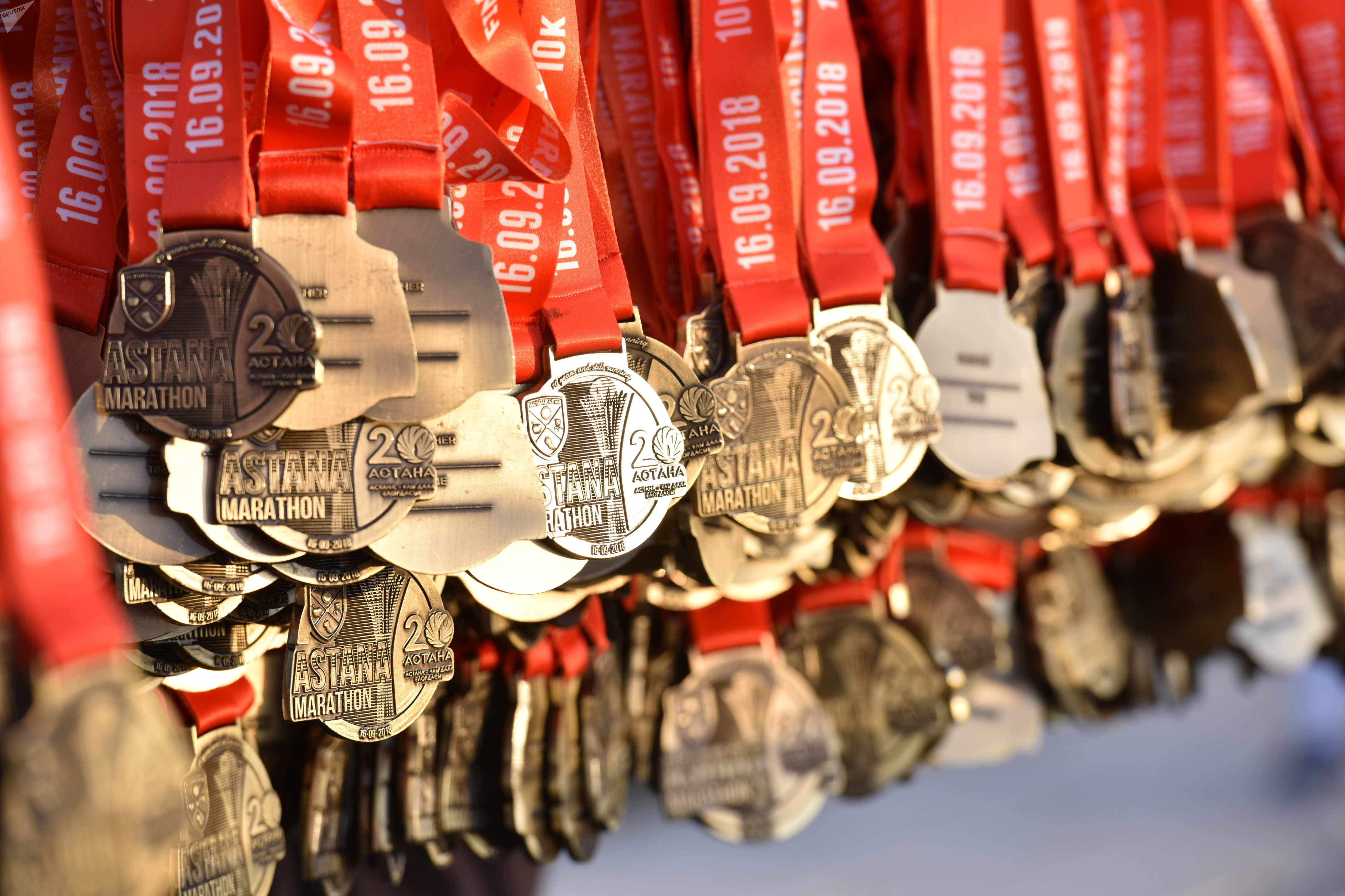 Медали для участников Астана марафон