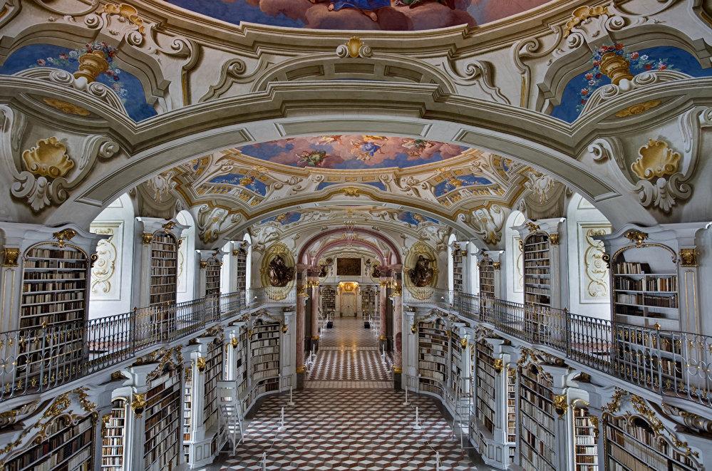Библиотека аббатства в австрийском Адмонте