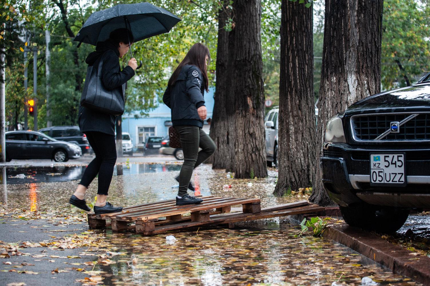 Дожди обрушились на город