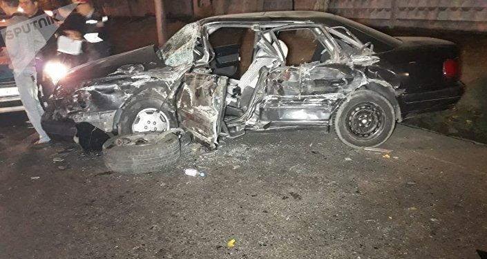Столкновение Volkswagen Touareg и Audi