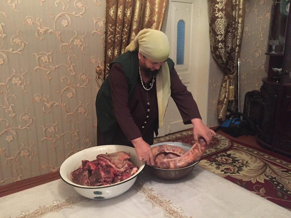 Мухтабар Тораеваның сақалмен жүргеніне 35 жыл болған