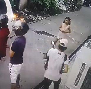 Девочка попыталась остановить вооруженных грабителей