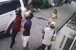 Кішкентай қыз қарулы тонаушыларға қарсылық көрсетті - видео