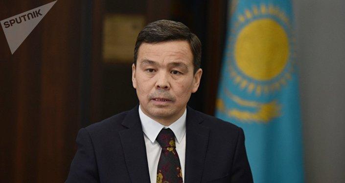 Руководитель  департамента охраны общественного здоровья Астаны  Садвакас Байгабулов