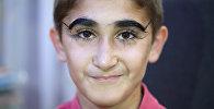 Мальчик из Таджикистана покорил соцсети самыми длинными в мире ресницами