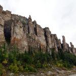 Ресейдің Лена өзені жағалауындағы тіп-тік жарлар