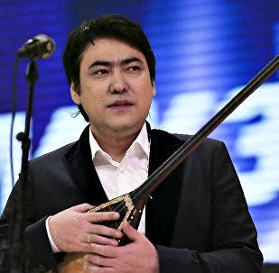 Мейрамбек Беспаев, әнші