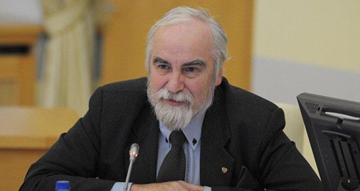 Политолог Аждар Куртов