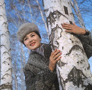 Актриса театра и кино Казахской ССР Раиса Мухамедьярова
