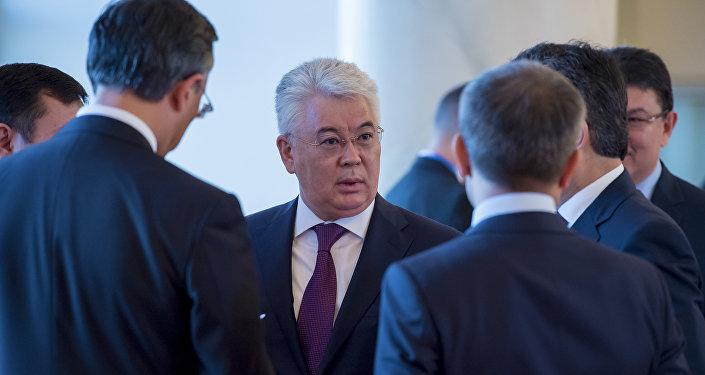 Бейбут Атамкулов - министр иностранных дел