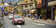 На одной из улиц города Андорра-Ла-Велла, виды Андорры