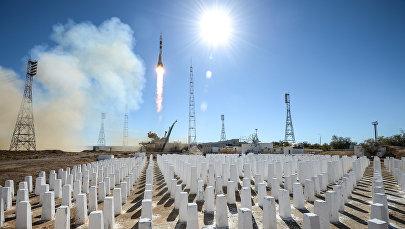 Старт ракеты-носителя Союз-ФГ с пилотируемым кораблем Союз МС-10, архивное фото