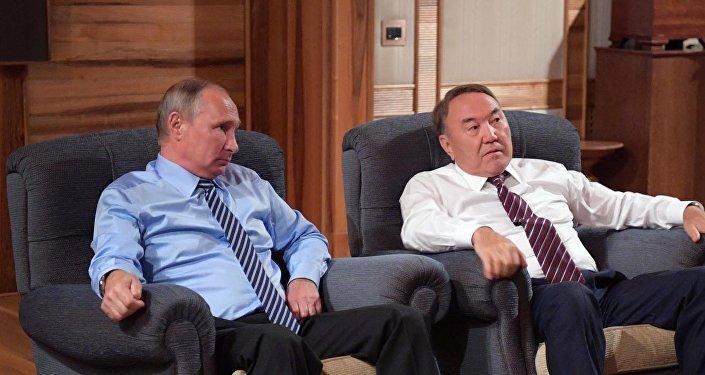 Нурсултан Назарбаев и Владимир Путин посмотрели фильм 28 панфиловцев