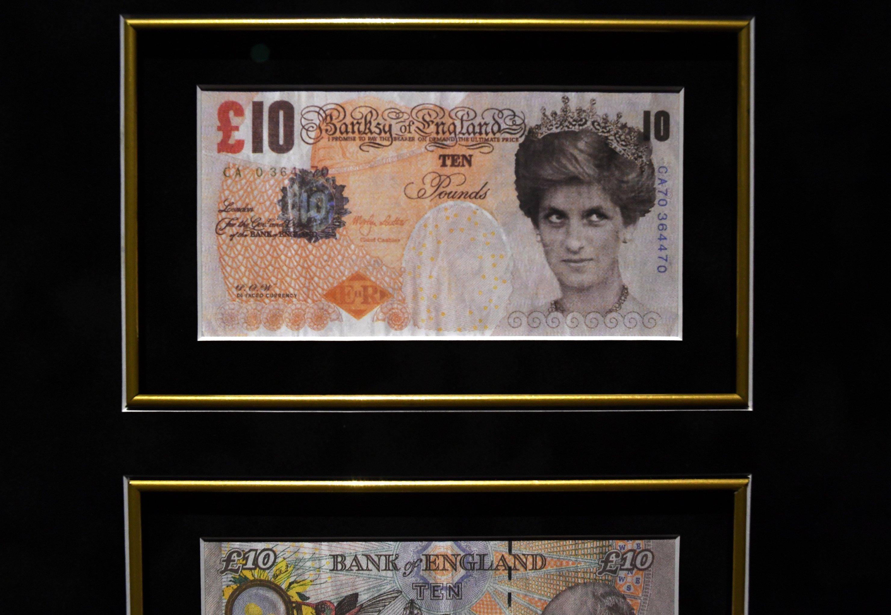 Купюра в 10 фунтов с портретом принцессы Дианы