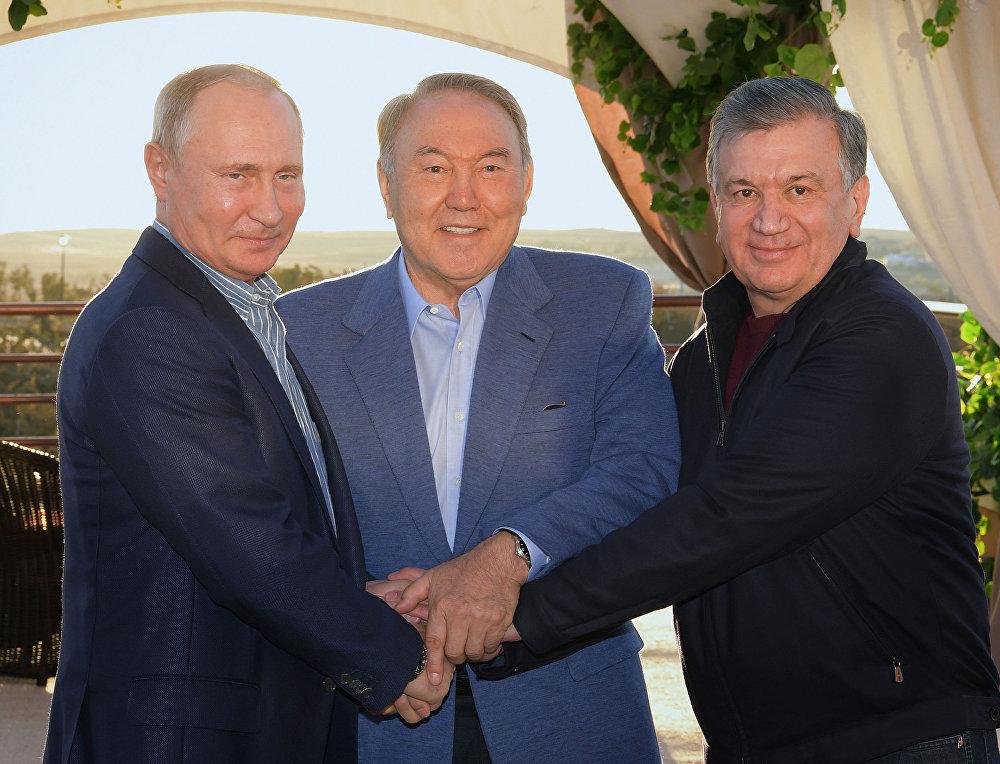 Президент Казахстана Нурсултан Назарбаев встретился с президентами России Владимиром Путиным и Узбекистана Шавкатом Мирзиёевым