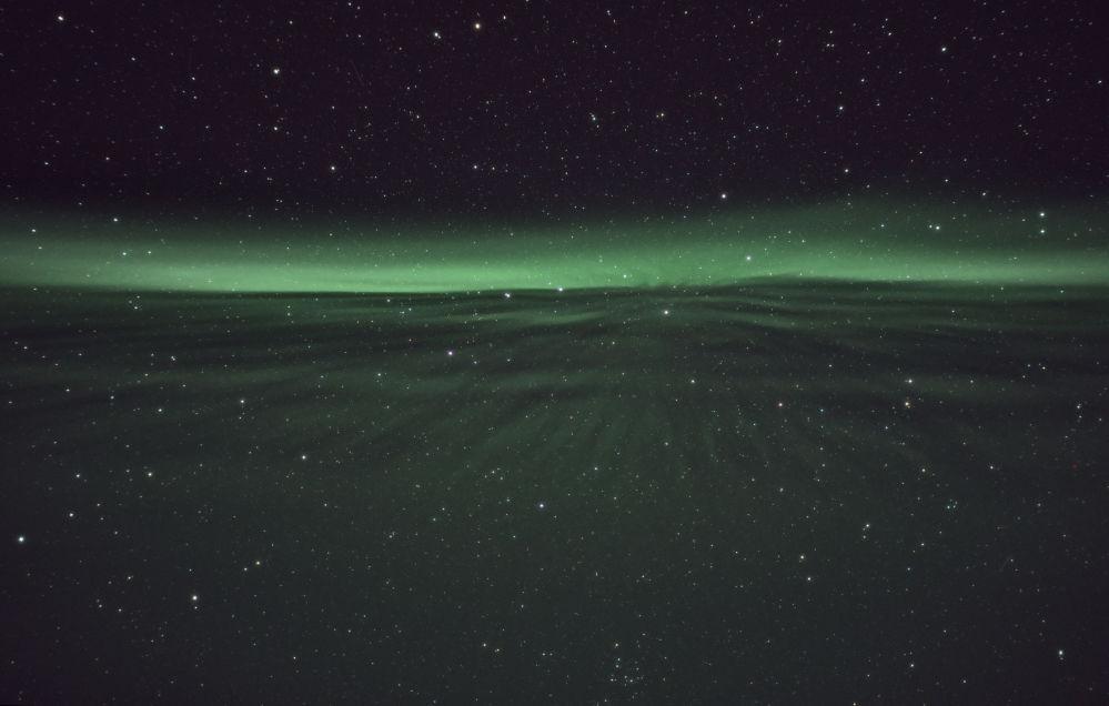 Снимок Speeding on the Aurora lane фотографа Nicolas Lefaudeux, победивший в категории Aurorae фотоконкурса Insight Astronomy Photographer of the year 2018