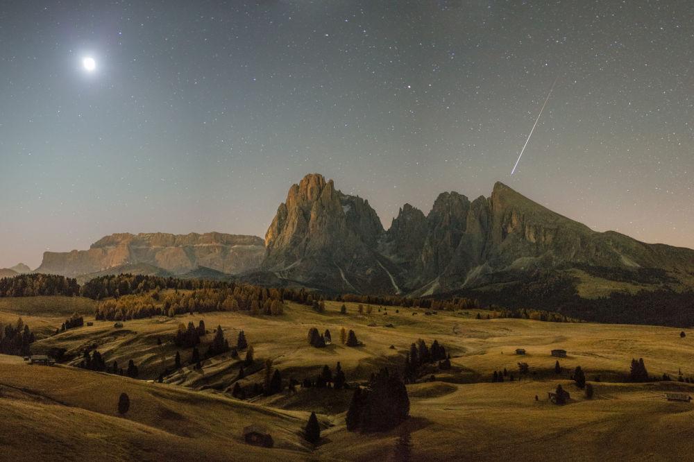 Снимок Great Autumn Morning фотографа Fabian Dalpiaz, победивший в категории Young Astronomy Photographer of the Year фотоконкурса Insight Astronomy Photographer of the year 2018