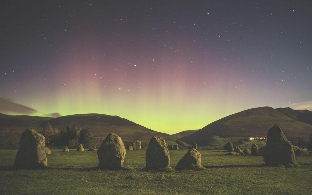 Работа Castlerigg Stone Circle фотографа  Mathew James Turner, занявшая второе место в категории Aurorae конкурса Insight Investment Astronomy Photography of the Year 2018