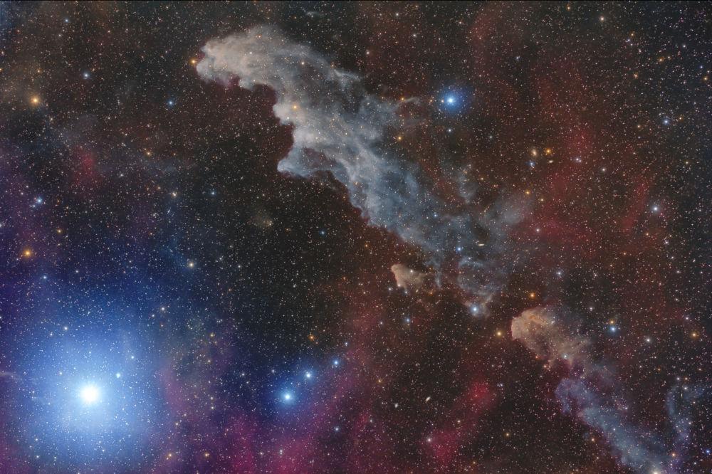 Работа Rigel and the Witch Head Nebula фотографа Mario Cogo, занявшая второе место в категории Stars and Nebulae конкурса Insight Investment Astronomy Photography of the Year 2018