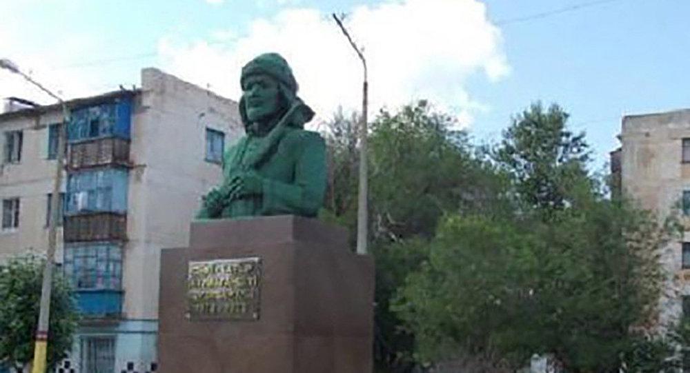 Памятник Кейки Батыру в Аркалыке
