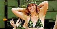Девушки в военной форме - видео